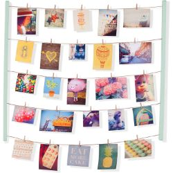 Umbra hanging photo display
